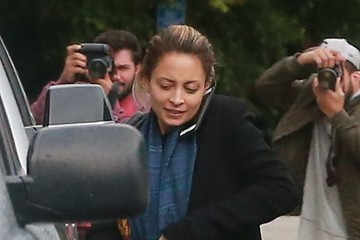 Nicole Richie Nicole Richie Catches A Ride In Studio City