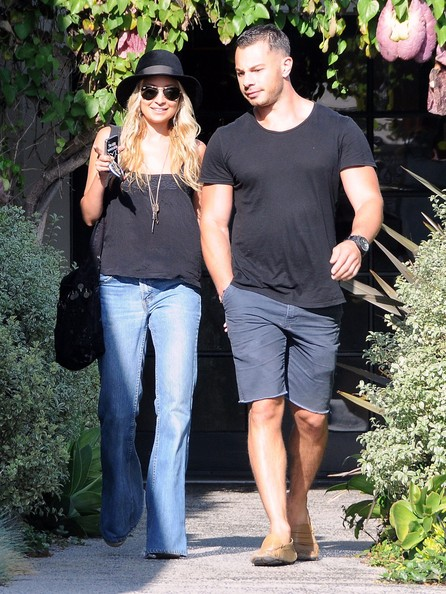 Socialite Nicole Richie and a male friend seen leaving a hair salon in Los Angeles, CA.
