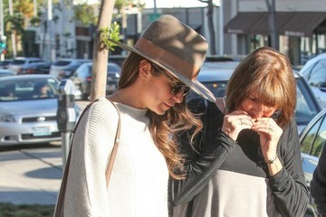 Nikki Reed Nikki Reed & Ian Somerhalder Do Some Shopping In West Hollywood