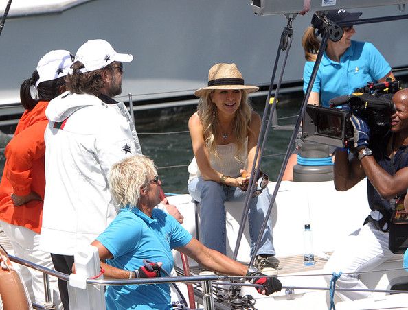 Oprah Sailing On Sydney Harbour With Russell Crowe 2