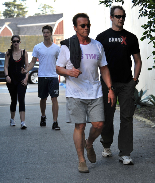 Arnold Schwarzenegger And His Kids Out Riding Bikes In Brentwood