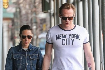 Paul Bettany Jennifer Connelly and Paul Bettany Walk in NYC