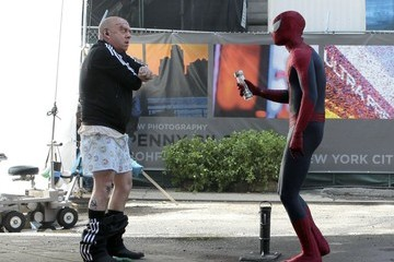Paul Giamatti Scenes From the 'Spider-Man 2' Set in NYC — Part 2