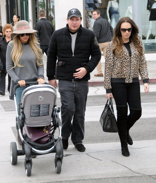Petra Ecclestone and James Stunt - Petra & Tamara Ecclestone Shopping ...