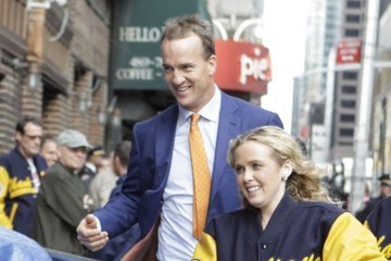 Peyton Manning Celebs Making Their Last Appearance on 'The Late Show With David Letterman'