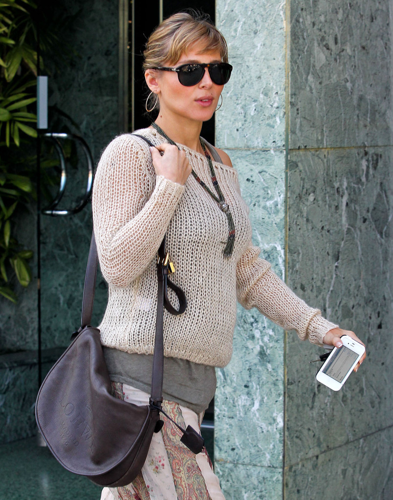 Elsa Pataky Pictures Pregnant Elsa Pataky Out For Lunch With A Friend ... Dita Cobb