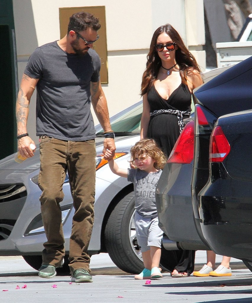 And brian austin green take their sons to the farmers market zimbio