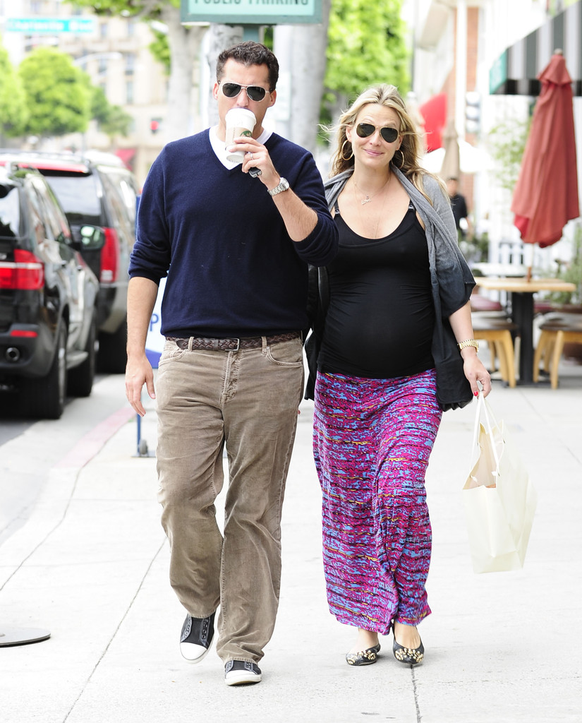 Pregnant Molly Sims & Scott Shop For Their Baby 1 of 10 ...