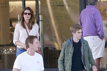 Presley Gerber Cindy Crawford Goes Out Shopping With Her Husband in Beverly Hills