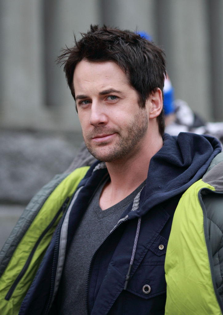 Niall Matter Photos Photos Primeval New World Films In
