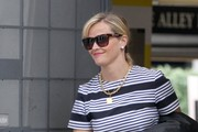 Reese Witherspoon Shops With Her Daughter in Beverly Hills