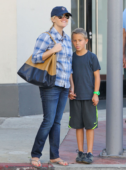 reese witherspoon and son deacon get coffee in westwood