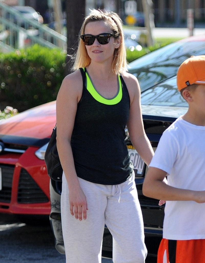 reese witherspoon photos photos reese witherspoon amp son