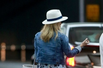 Reese Witherspoon Reese Witherspoon Spotted At Soho House In WeHo