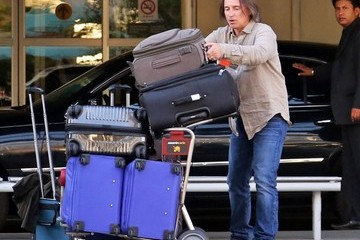Robert Carlyle Robert Carlyle Arriving in Vancouver