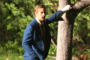 Ryan Gosling Scenes from 'The Nice Guys' Set