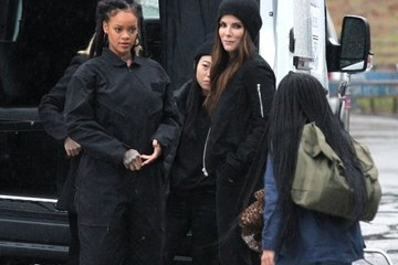 Sandra Bullock Stars Perform on the Set of 'Ocean's Eight' in NYC