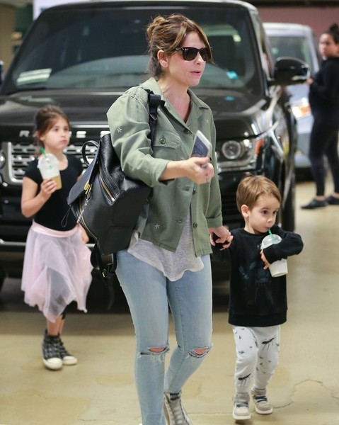 Sarah Michelle Gellar Leaves a Ballet Class With Her ...