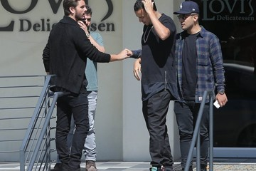 Scott Disick Scott Disick Lunches With a Friend