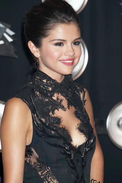 Selena Gomez Celebrities arrive at the 28th Annual MTV Video Music Awards at the Nokia Theatre L.A. Live in Los Angeles.