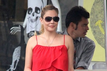 Shanna Moakler Shanna Moakler Out For Lunch And Shopping In West Hollywood