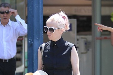 Shirley Manson Shirley Manson Pays A Trip To The Doctor In Beverly Hills