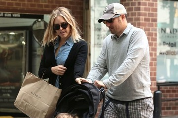 Sid Biggs Jason Biggs and Family Shop in New York