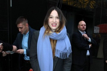 Sophie Lowe Celebrities Visit 'Good Morning America'
