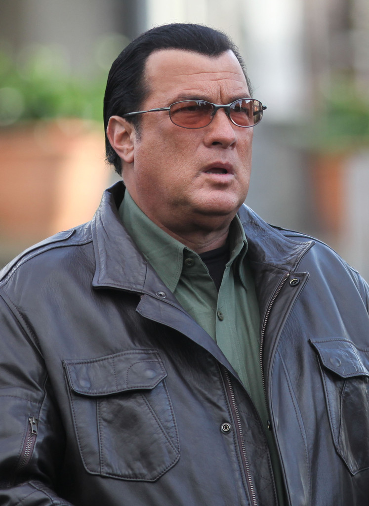 Steven Seagal Photos P...