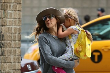 Tabitha Broderick Sarah Jessica Parker Steps Out with Tabitha
