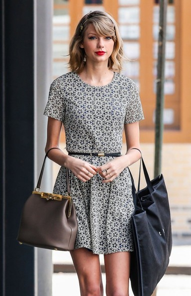 Taylor Swift Shops in NYC []