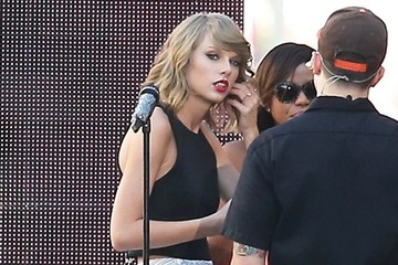 Taylor Swift Taylor Swift Rehearses For 'Jimmy Kimmel Live!'