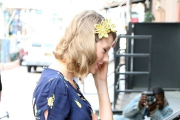 Taylor Swift Taylor Swift Shops in NYC