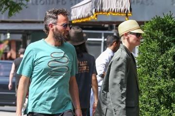 Tilda Swinton Sandro Kopp Tilda Swinton & Sandro Kopp Grocery Shopping In NYC