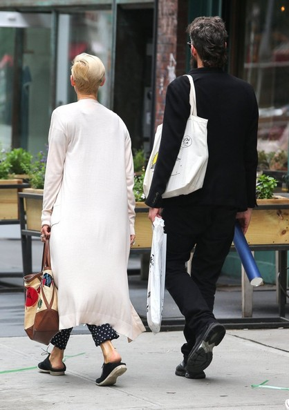 Tilda Swinton and Sandro Kopp Hold Hands []