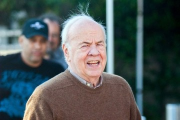 """Tim Conway Celebs Doing An Interview For """"Extra"""""""
