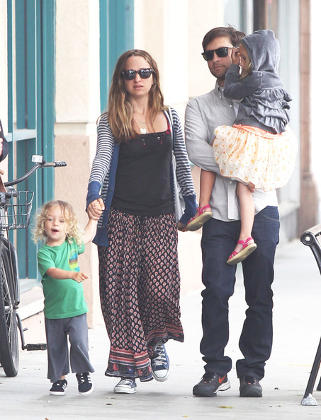 Tobey Maguire & Family Leaving Breakfast In Santa Monica []