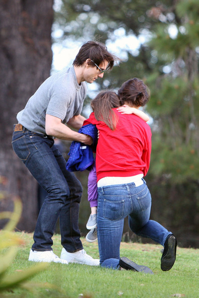 tom cruise and katie holmes and suri. Tom Cruise And Katie Holmes At