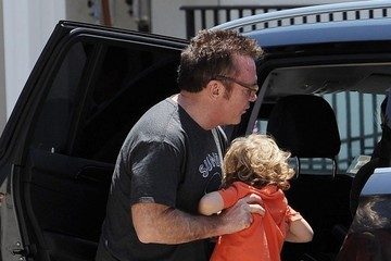 Tom Arnold Jax Arnold Tom Arnold Out To Family Lunch