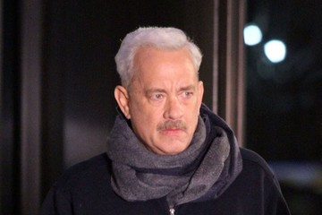 Tom Hanks Stars on the Set of 'Sully'