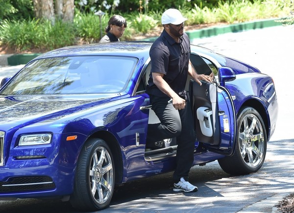 His Rolls Royce Wraith This Is The First Time We Ve Seen Perry Driving Around Before And Judging By Success Re Sure Isn T Only Sweet