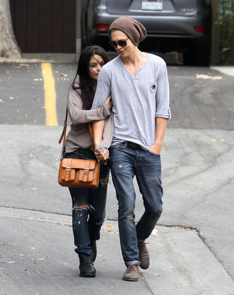 Austin Butler In Vanessa Hudgens Austin Butler Shop For