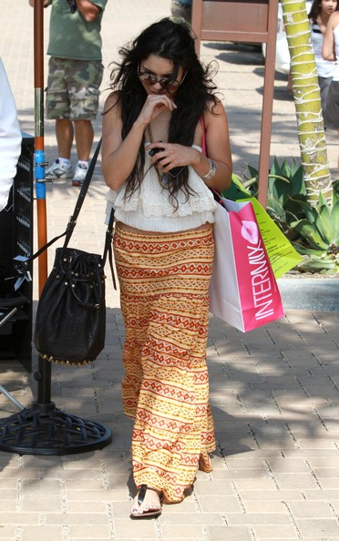Actress Vanessa Hudgens out shopping for clothes in Malibu, CA.