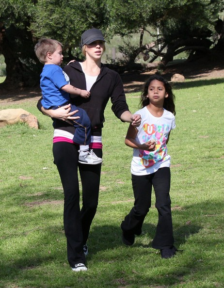 Victoria Prince and Sean Preston Federline Photos Photos ...