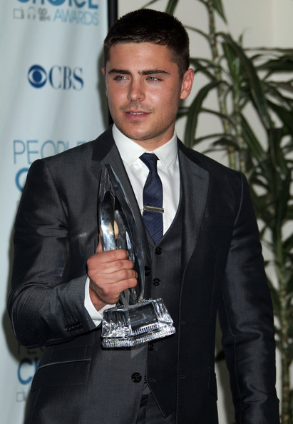 zac efron 2011. Zac Efron Celebrities in the