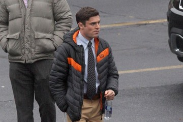 Zac Efron Scenes from the 'Dirty Grandpa' Set