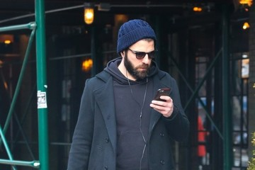 Zachary Quinto Zachary Quinto Takes A Stroll In NYC