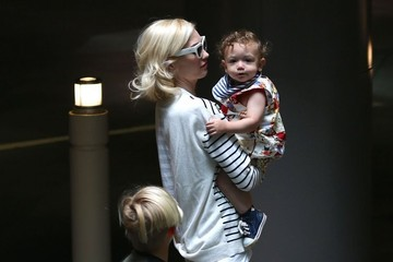 Zuma Rossdale Gwen Stefani Takes Her Family Out For Lunch