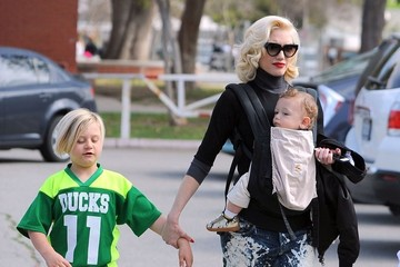 Zuma Rossdale Gwen Stefani Takes Her Boys To Their Football Game