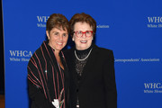 Ilana Kloss (L) and Billie Jean King attend the 101st Annual White House Correspondents' Association Dinner at the Washington Hilton on April 25, 2015 in Washington, DC.